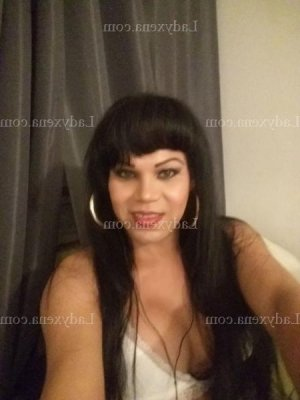 Alyxia escort girl
